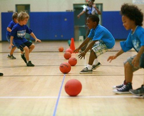 dodgeball play